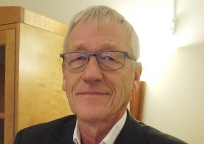 Styreleiar Arne Kleppa skal saman med Hanne Sundbø orientera fylkessamferdselsutvalet i Sogn og Fjordane om IS Fjordvegen sitt arbeid.